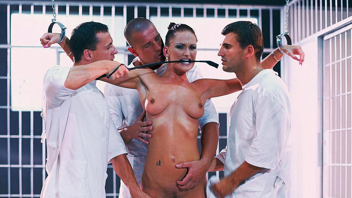 porn-fuck-porntube-sex-experiment-beach-babes
