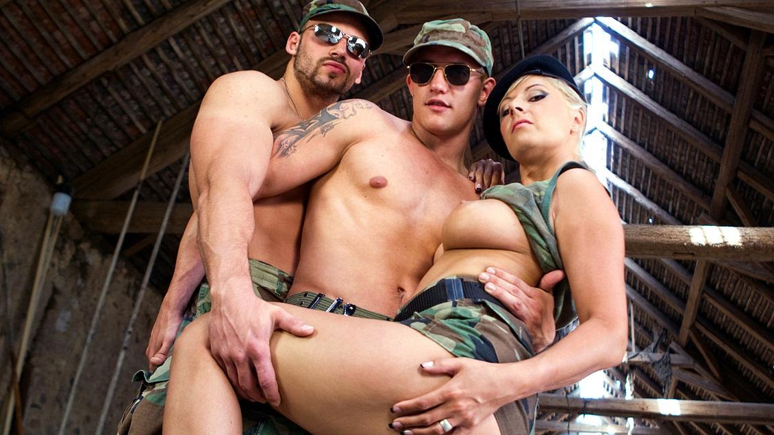 bisexual-military