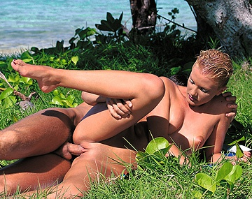 Private  porn video: Miss Suzan Relaxes after Work by Having Sex in the Tropics