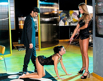 Private  porn video: Cassandra Wild y Laura Angel, para las estrellas del porno el anal y el DP son el mejor adorno