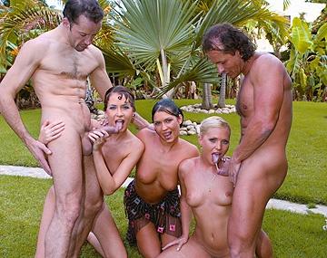 Private  porn video: Kathy Anderson, cachonda en la playa, fue al jardín y con un DP la pusieron a raya