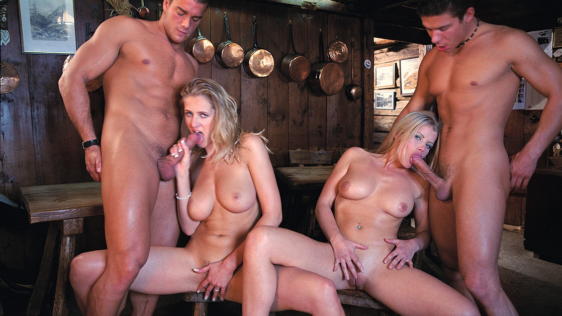 Jane Darling and Lea De Mae MMFF Four Way with Anal and Facials