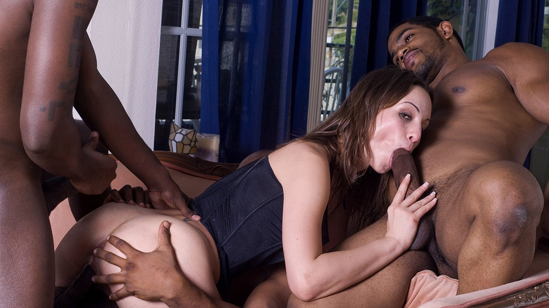 Threesome sluts powered by phpbb — pic 12