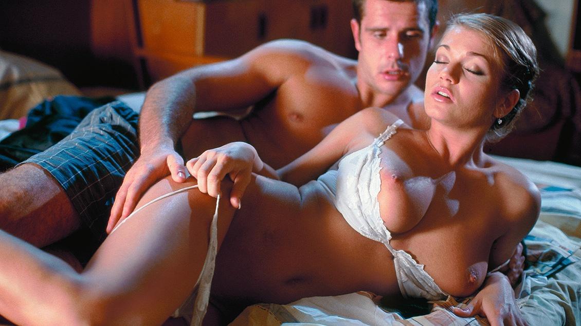 Lesbian Massage Gros Seins