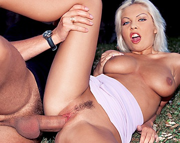 Private  porn video: Miss Angelica Gets Licked and Fucked Outdoors in the Park