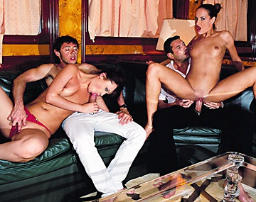 Private  porn video: Andy Brown y Nicole invitadas a mi yate, se marcan una orgía con anal estilo Private