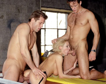 Private  porn video: Grety Gives Two Gangsters a Handjob and Blowjob in a Dry Docked Boat