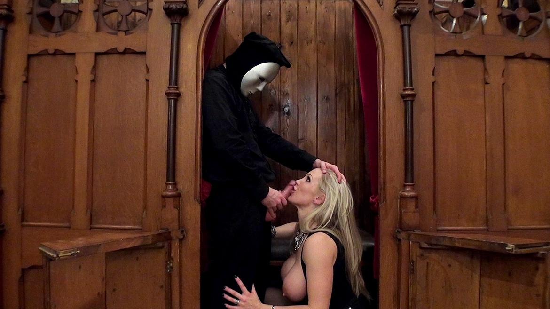 I Confess Files: La Milf Rebecca Moore baisée par un prêtre