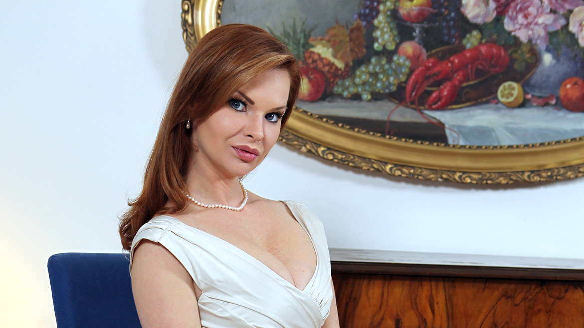 Milf Tarra White Relives Her Hardcore Memories in an Exclusive Interview