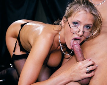 Private  porn video: Secretary Jane Darling Enjoys Hardcore Anal