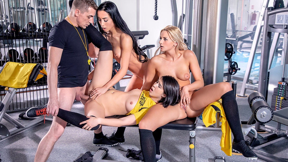 Lady Dee, Anna Rose and Katy Sky fuck the trainer