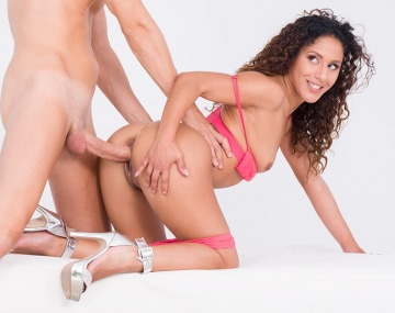 Private HD porn video: Shooting photo avec focus anal