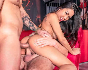 Private HD porn video: Polly Pons, DP at the club